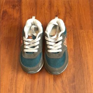 UGC - Toddler boys OshKosh tennis shoes